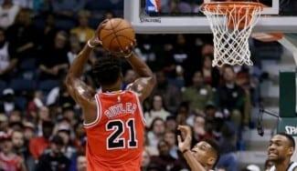 Los Bulls sobreviven a Antetokounmpo gracias a Butler: Mirotic y Pau, brillantes