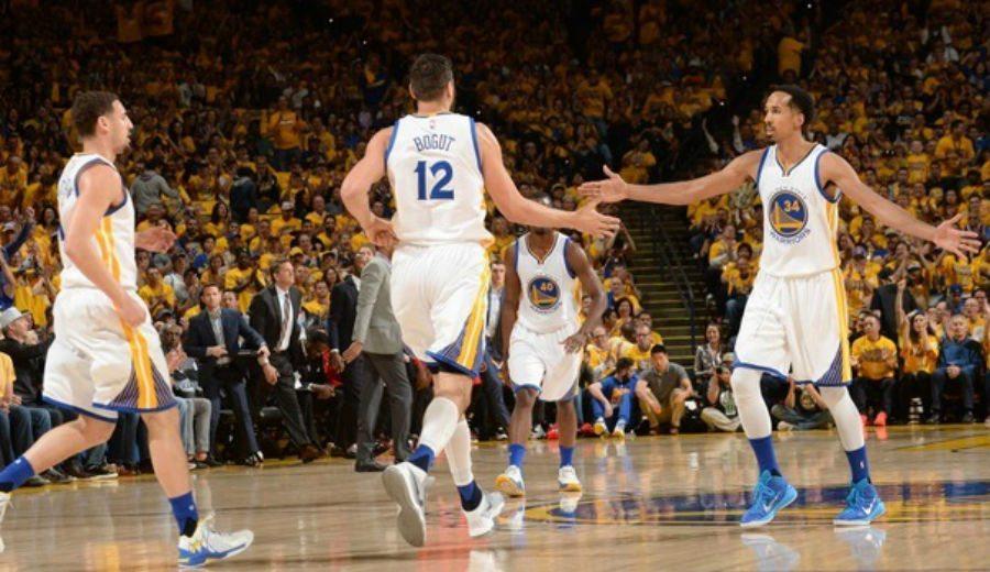 Sin Curry, Thompson se exhibe: los Warriors se llevan el segundo asalto ante Houston