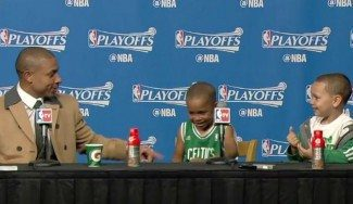 """""""Papá es el mejor"""". Los hijos de Thomas, tras el 2-2 pese a los 45 puntos de Millsap (Vídeo)"""