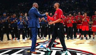 """""""No habrá otro Kobe Bryant"""". Magic le pone al nivel de Bird y de Jordan en una carta abierta"""