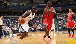 """Los Bulls caen y no aprovechan la derrota de Detroit. Rose: """"No me lo puedo creer"""" (Vídeo)"""