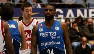 Jelovac aleja al CAI del pozo: los debuts de Dean y Otegui no bastan al colista Gipuzkoa