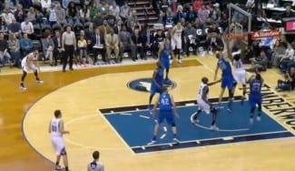 Los Mavs ganan a los Wolves: póster de Wiggins a Mejri y KO de Ricky por un golpe (Vídeo)