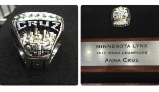 Emotivo. Anna Cruz recibe el anillo de campeona de la WNBA: «Sin palabras» (Vídeo)