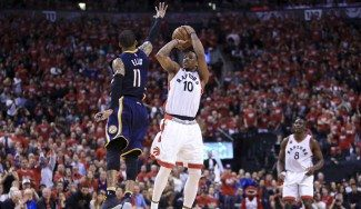 Los Raptors avanzan en playoffs 15 años después: DeRozan muestra el camino (Vídeo)