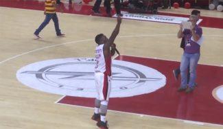 Nate Robinson mete 25 puntos, fuerza el quinto ante el Hapoel… ¡y coge el micro! (Vídeos)