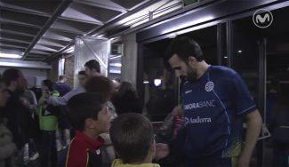 Detallazo: los jugadores del Andorra despiden a los aficionados a la puerta del pabellón (Vídeo)
