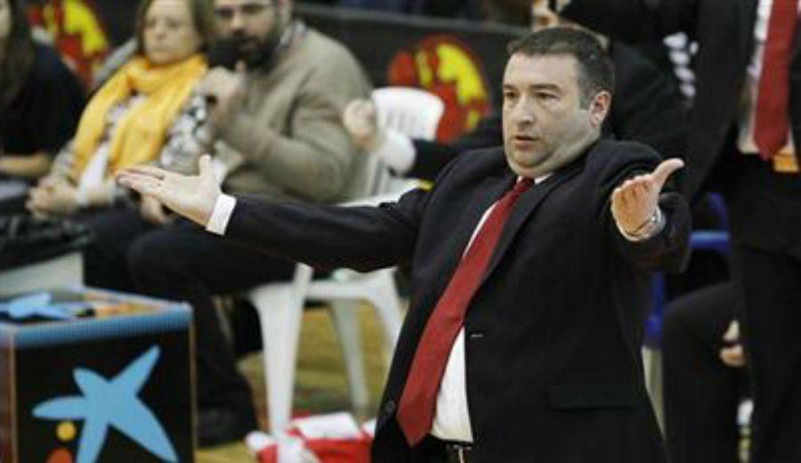 """Miguel Méndez, finalista con Rivas, gana la Liga en Italia: """"Ahora, la LF es amateur"""""""