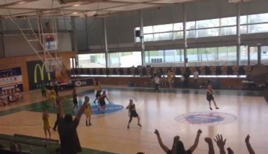 ¡Y aún es cadete! Laura Piera mantiene invicto al Almeda en el CE con este triple (Vídeo)