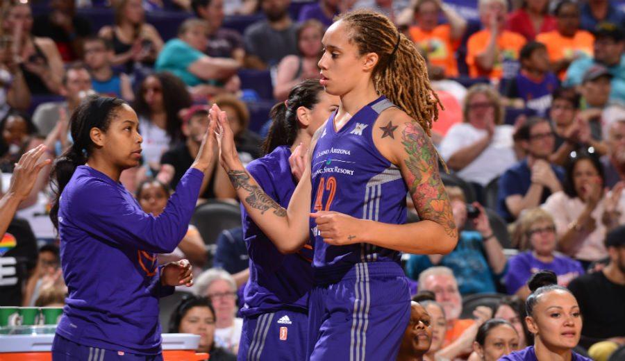 WNBA: espectáculo taponador de Brittney Griner pero las Mercury caen… ¡en tres prórrogas! (Vídeo)