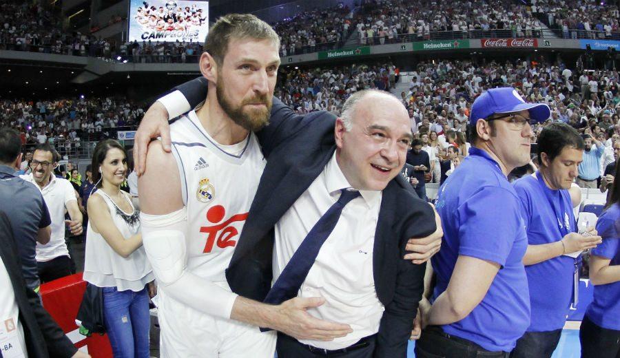 """Pablo Laso, exultante tras ganar la Liga ACB: """"La clave ha sido echarle un par de cojones"""""""