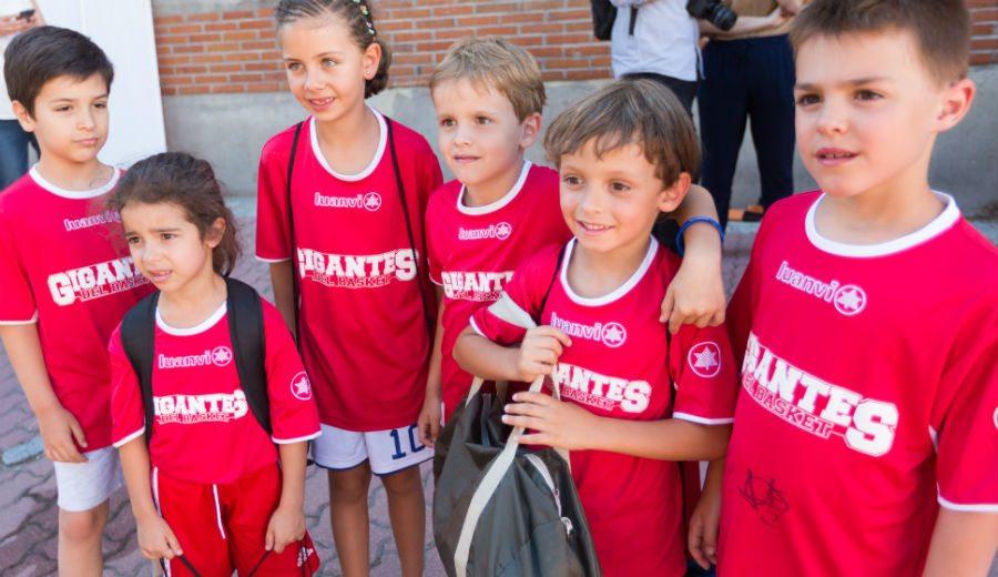Nervios a flor de piel: así fueron los instantes previos a conocer a la Selección Española (Vídeo)