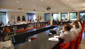 La ACB reserva el ascenso de Melilla y Palencia una temporada e invita a Estudiantes y GBC