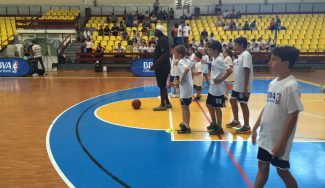 Glen Rice sigue de ruta por España: tras estar en el JR NBA Gigantes Camp, pasa por Ourense