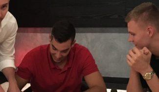 """Willy firma en Nueva York junto a Porzingis: """"Uno de los momentos más felices de mi vida"""""""