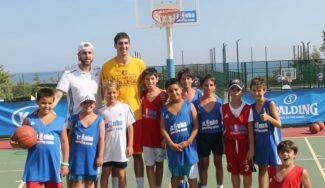 """Nacho Díez cuenta su experiencia NCAA en el JR NBA Gigantes Camp: """"Mi inspiración, mi padre"""" (Vídeo)"""