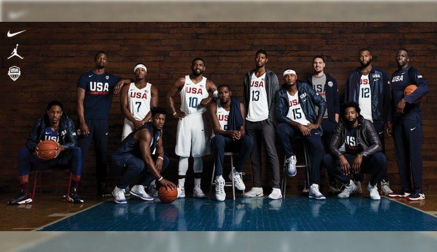 Intrahistoria de la foto oficial del USA Team: hay tres jugadores con los pies escondidos