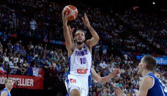"""El NBA francés Evan Fournier estalla contra las ventanas: """"¡FIBA es una gran mierda!"""""""