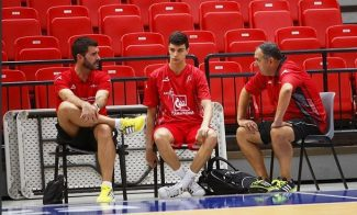 Alocén hace historia: en el podio de debutantes más jóvenes en la historia de la Liga Endesa