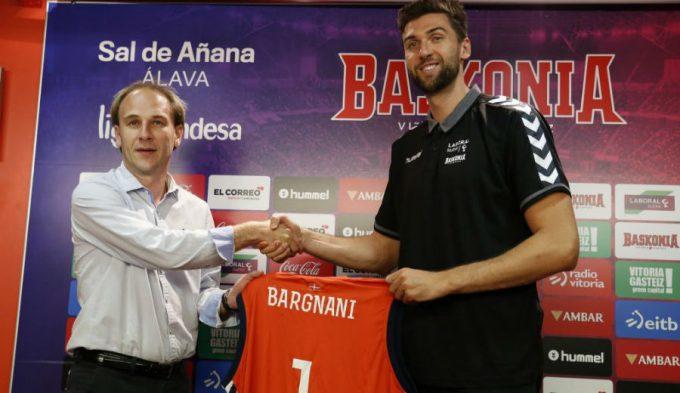 """Bargnani ya entrena junto a Larkin en Vitoria: """"Me entiendo con él a la perfección"""" (Vídeos)"""