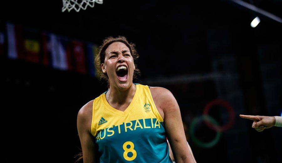 Cambage deslumbra en Río: tercera mejor anotación en unos Juegos y Australia, invicta