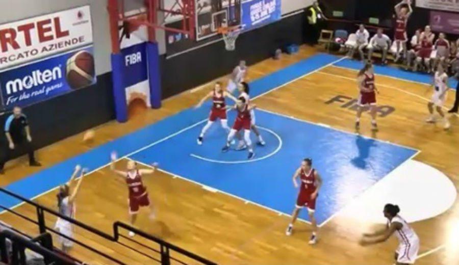 Así ha sido el mágico triple de Laura Piera para que la Sub-16 se meta en cuartos (Vídeo)