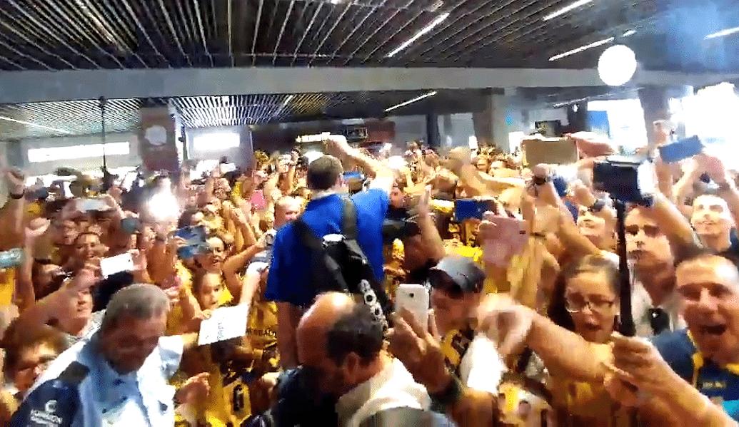 La Supercopa llega a Las Palmas: increíble recibimiento a los héroes del Granca (Vídeo)