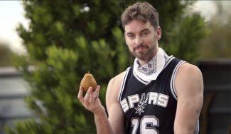¿Pau, granjero? Vende peras españolas en un divertido anuncio de los Spurs (Vídeos)