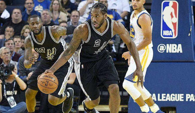Los Spurs avergüenzan a los Warriors: Kawhi brilla y Simmons tapona a Curry (Vídeos)