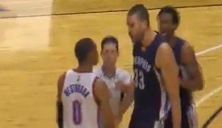 Marc y Abrines se salen en su duelo: más que palabras del pívot con Westbrook (Vídeo)