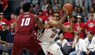 Sebas Sáiz se sale en la NCAA: exhibición con 19 rebotes y canasta ganadora (Vídeo)