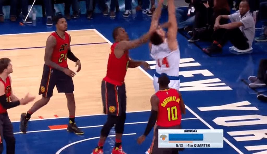 """Willy desquicia a Howard y los Knicks ganan: """"Igual se ha hecho daño él en el codo"""" (Vídeo)"""