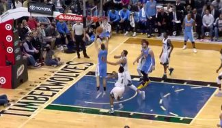 Primera canasta NBA de Juancho: mate en el triunfo de los Nuggets en Minnesota (Vídeo)