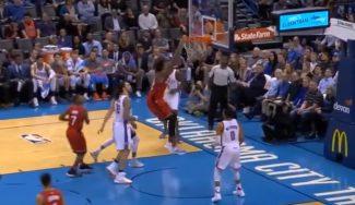 Nogueira vuela en Oklahoma y se cuela en el duelo entre DeRozan y Westbrook (Vídeo)