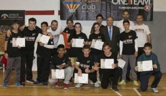 Vuelve el proyecto One Team del Valencia: 10 sesiones para niños de entre 13 y 17 años