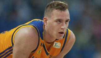 Pasecniks impresiona a los scouts de la NBA siguiendo los consejos de Porzingis (Vídeo)
