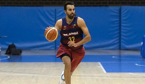 Se retira el ex jugador del Barcelona, Víctor Sada
