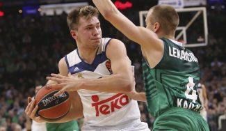 Los triples de Thompkins rescatan al Madrid en Kaunas: conexión Doncic-Hunter (Vídeo)