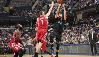 Los 32 puntos de Marc no evitan la derrota ante los Rockets y su héroe inesperado (Vid)