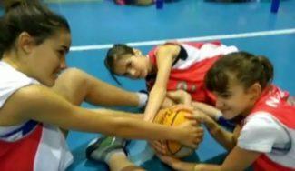 ¡Qué genios! La Selección Mini de Navarra le desea suerte a los mayores… de esta forma (Vídeo)