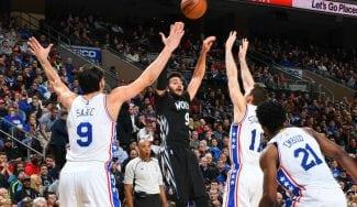 ¡Qué final! Los Sixers ganan a los Wolves: Ricky empata pero Covington decide (Vídeo)