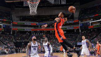 El triplista Abrines acompaña con 13 puntos a Westbrook: otro triple-doble y matazo (Vídeo)