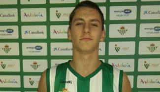 El bético Tomas Balciunas la lía en Coín: mete en EBA 32 puntos siendo aún junior