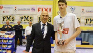 El MVP Nakic lidera al Real Madrid. ¡Campeones de la Novipiu Cup en Turín!
