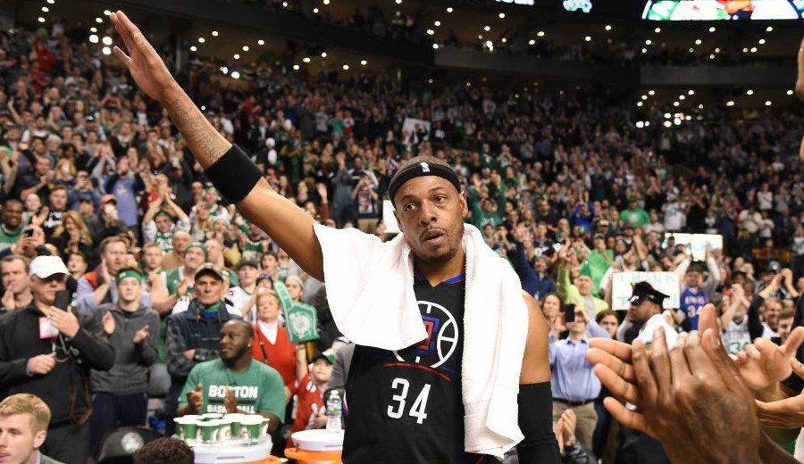 Ovación, beso, lágrimas y triple final: emotivo último partido de Pierce en Boston (Vídeo)
