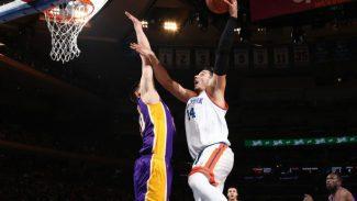 13 rebotes de Willy no bastan: los Knicks caen ante los Lakers y el vestuario estalla (Vídeo)