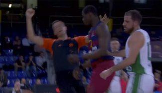Triunfo balsámico del Barça ante el Unics en el Palau: Diagne arrolla a un árbitro (Vídeo)