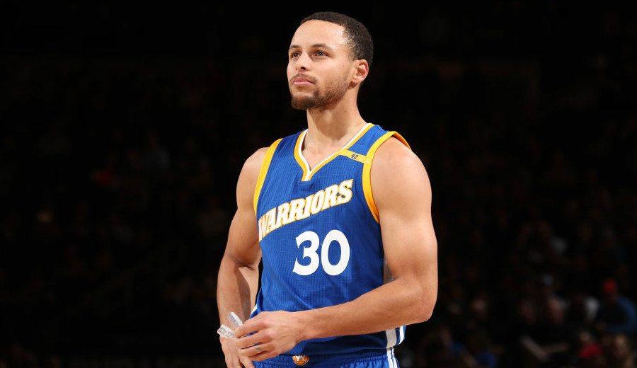 La reflexión de Stephen Curry sobre el papel de los padres en el baloncesto de formación