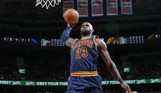 LeBron se exhibe ante los Pistons sin premio: triple-doble y vuelos descomunales (Vídeos)