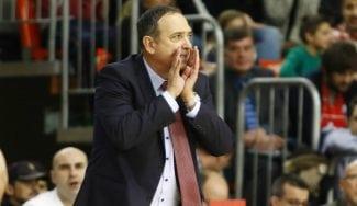 Andreu Casadevall anuncia su destitución como entrenador del Tecnyconta Zaragoza